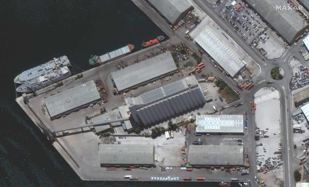 Satelitenaufnahme vom Getreidesilo im Hafen von Beirut am 9. Juni 2020 / Foto: Satellite image ©2020 Maxar Technologies