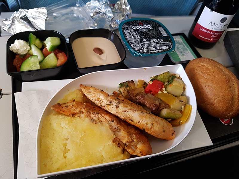 Noch einen Blick auf das Essen vom Rückflug mit TK727. Foto: WeltReisender.net / Stefanie Gendera