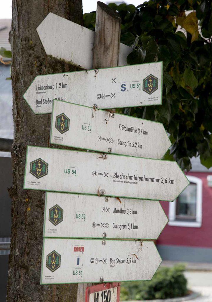 Schilderwald in Lichtenberg. Es gibt viel zu entdecken / Foto: Ingo Paszkowsky