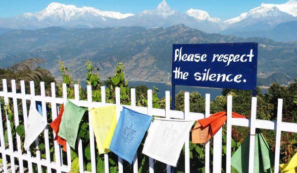 Vereiste Gipfel, atemberaubende Landschaften - der Himalaja beflügelt seit jeher die Fantasie von Abenteurern und Weltenbummlern.  Foto: WeltReisender.net / Stefanie Gendera