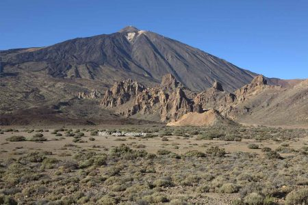 Alexander von Humboldt bestieg 1799 den Pico de Teide. Heute kann man mit der Seilbahn Teleférico del Teide einen Stück des Weges auf den höchsten Berg Spaniens sparen. Foto: Ingo Paszkowsky