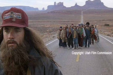 Tom Hanks als Forrest Gump im Monument Valley / Copyright: Utah Film Commission